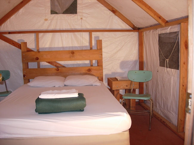 Yosemite Bug Rustic Mountain Resort Cabins Restaurant