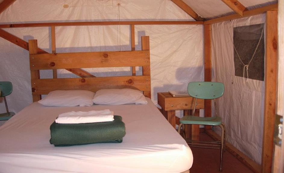 Youth Hostel Dormitories & Accommodations   Yosemite Bug Rustic Mountain Resort